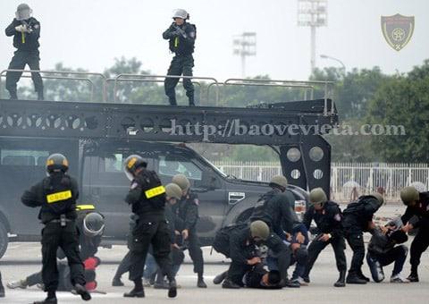 Tham gia buổi sơ duyệt có khoảng 5.200 cán bộ, chiến sĩ lực lượng vũ trang Việt Nam