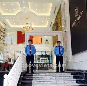 bao-ve-showroom-chuyen-nghiep