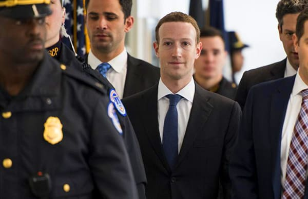 mark-zuckerberg-duoc-bao-ve-the-nao-3